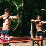 Bogenschießen bei SOMMERJUNG, dem Ferienlager für Erwachsene