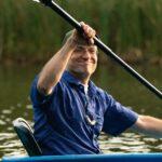 Kanu fahren bei SOMMERJUNG, dem Ferienlager für Erwachsene