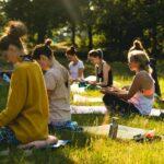 Meditation und Ruhe finden bei SOMMERJUNG, dem Ferienlager für Erwachsene