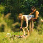 Acro Yoga bei SOMMERJUNG, dem Ferienlager für Erwachsene